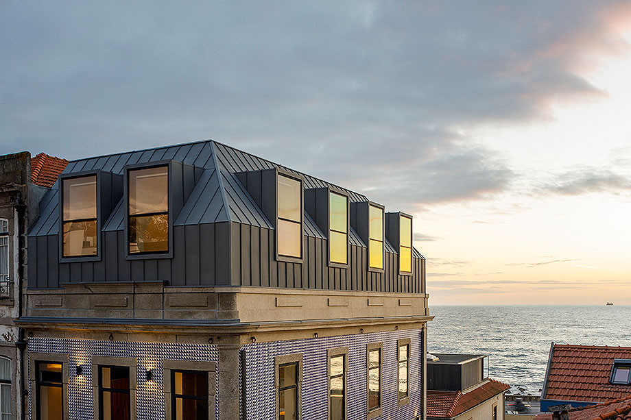 edificio sra da luz en oporto por as arquitecto (24) - foto ivo tavares
