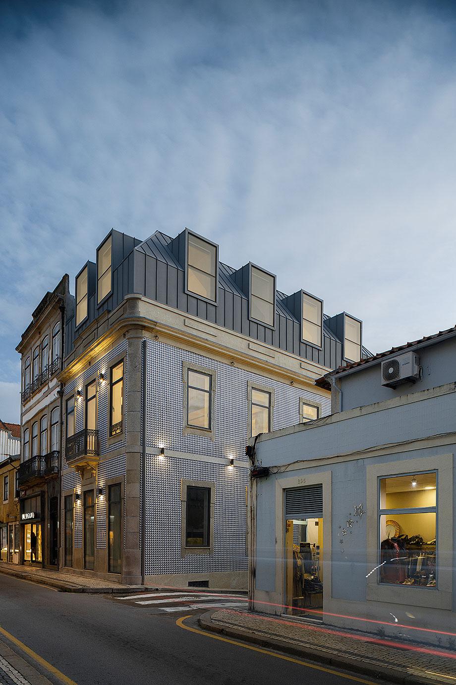 edificio sra da luz en oporto por as arquitecto (25) - foto ivo tavares