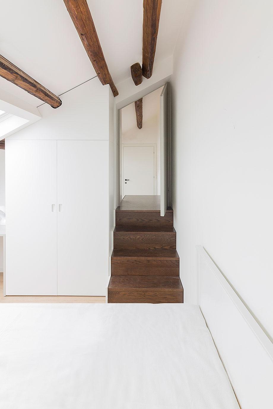 reforma de un ático en palermo por la leta architettura (7) - foto marco zanca
