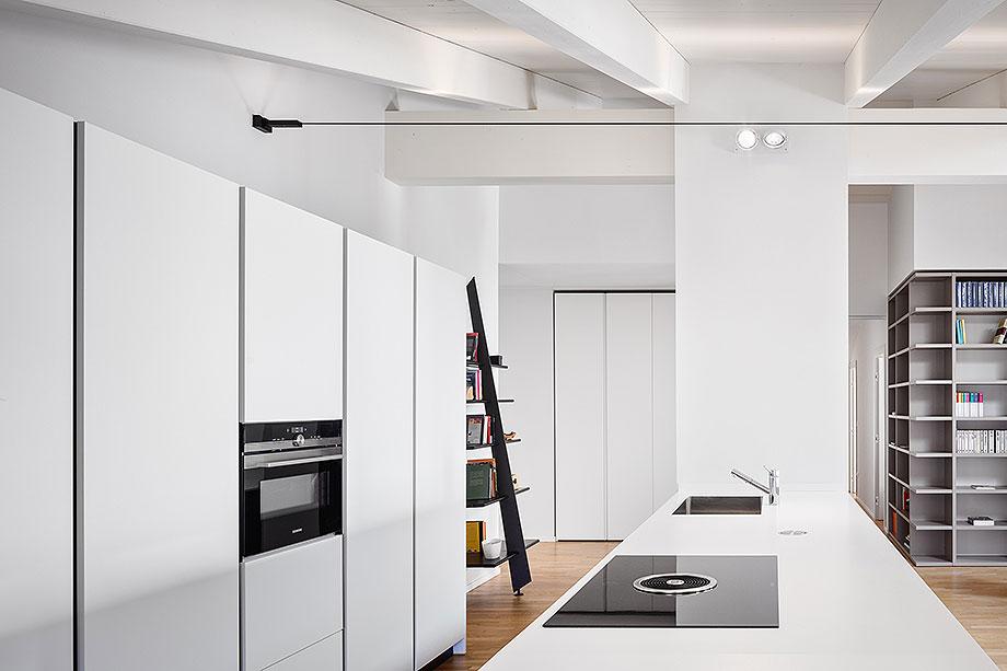 reforma de un apartamento en mantua por ghiroldi design (7) - foto davide galli atelier