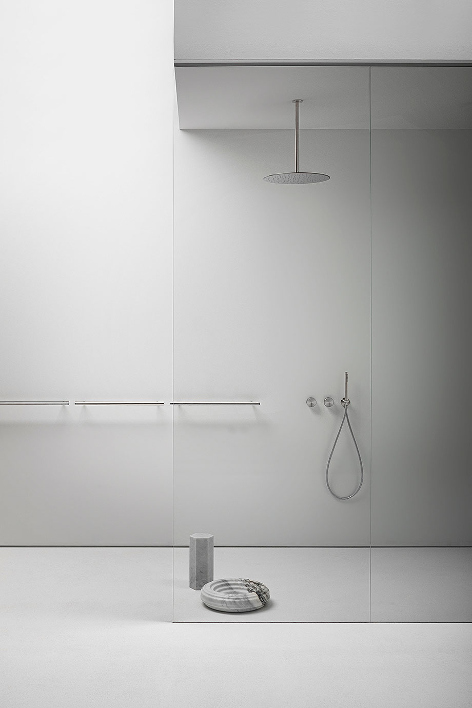 accesorios para baño cilindro de victor vasilev para falper (6) - foto alberto strada