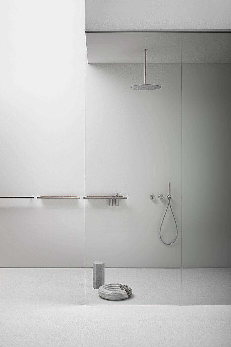accesorios para baño cilindro de victor vasilev para falper (7) - foto alberto strada