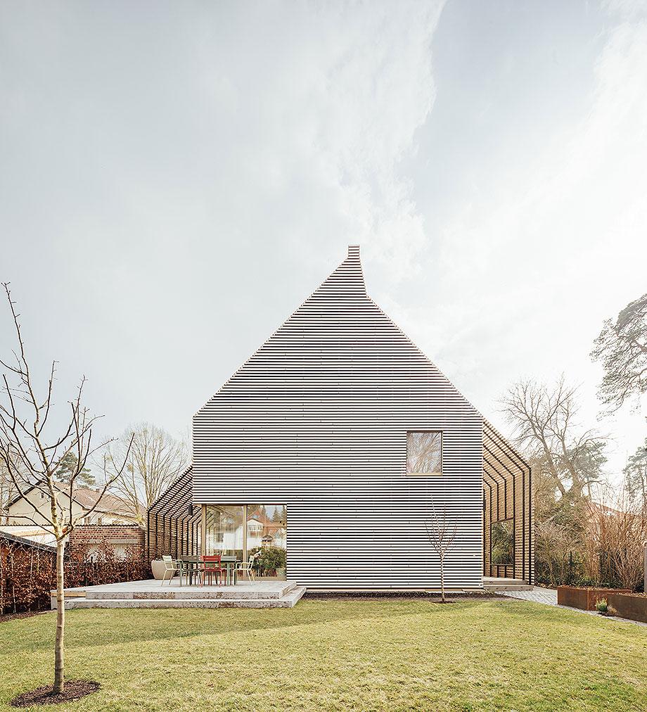 la casa de la pergola de rundzwei architekten (17) - foto gui rebelo
