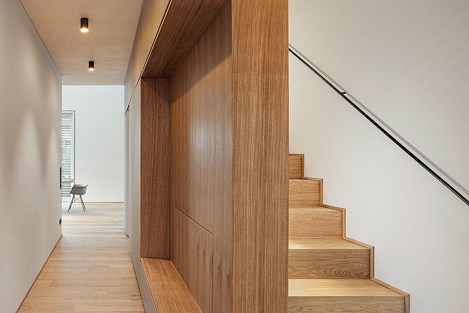 la casa de la pergola de rundzwei architekten (6) - foto gui rebelo