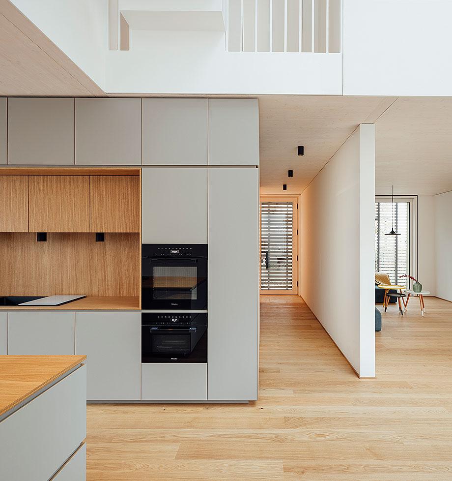 la casa de la pergola de rundzwei architekten (7) - foto gui rebelo