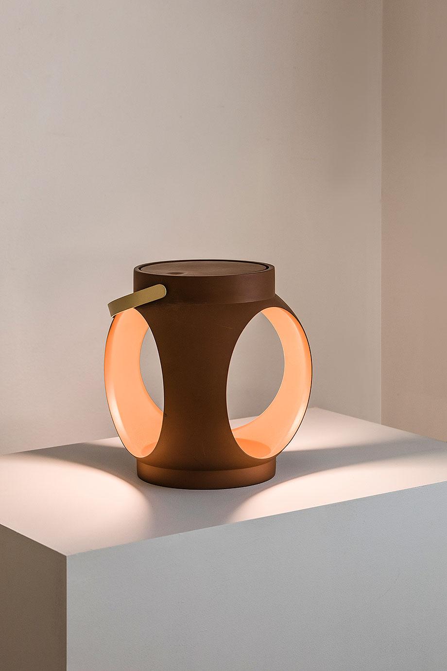 lampara portatil candela de estudi ribaudi y faro barcelona (5)