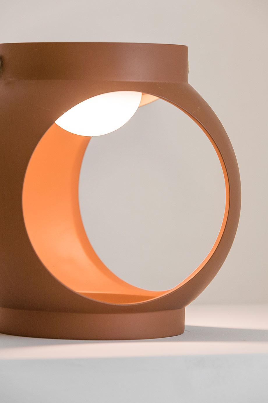 lampara portatil candela de estudi ribaudi y faro barcelona (6)