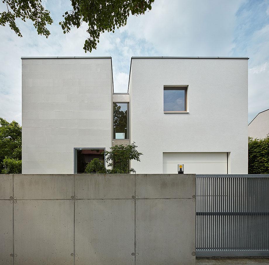 casa lhotka en praga de soa architekti y richter design (1) - foto boysplaynice