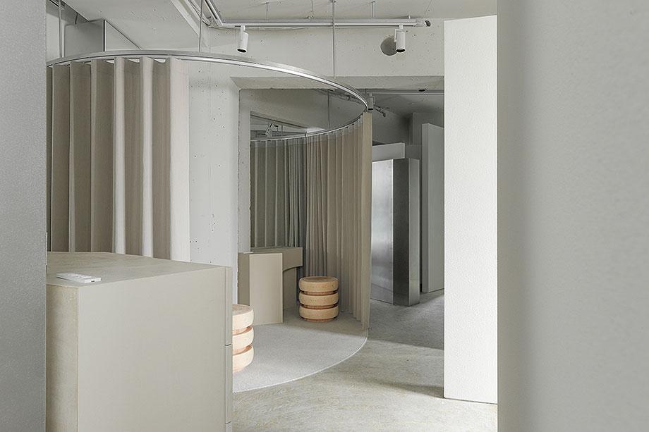 salon de extensiones de pestaña de wataru tanabe (15) - foto hideki makiguchi