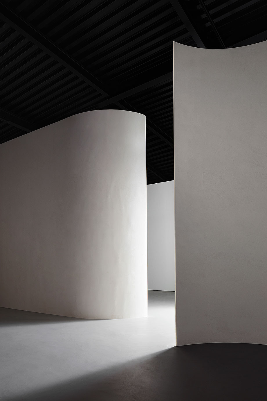 showroom sede corporativa mdf italia en mariano comense (5) - foto thomas pagani