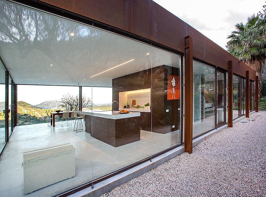 casa con cerramientos technal de stef rogiers design (3) - foto pasqual cabrera