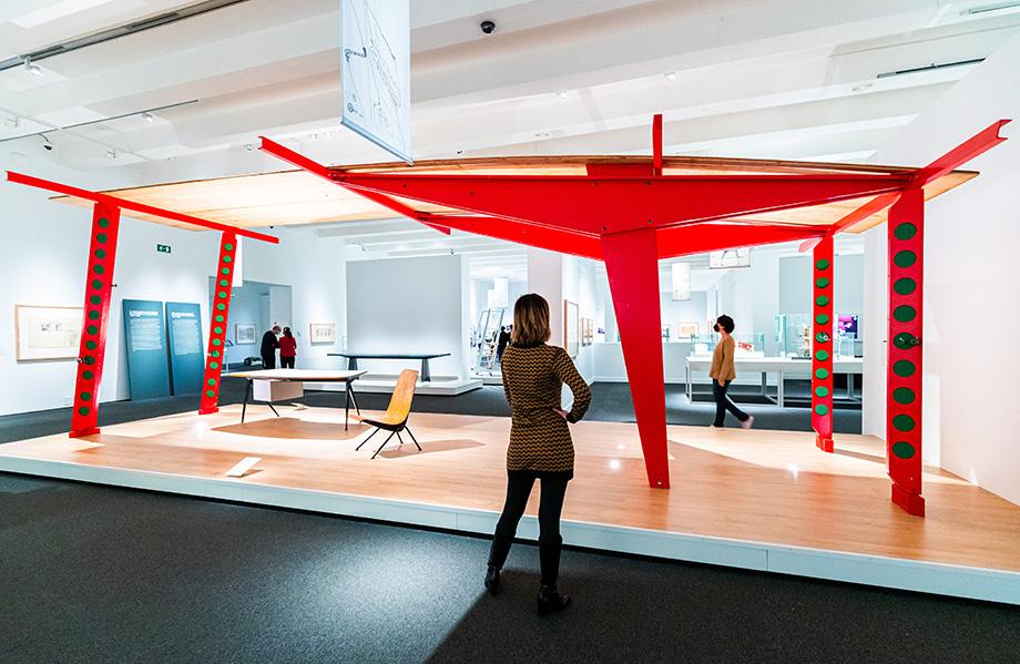 el universo de Jean Prouvé. arquitectura industria mobiliario exposicion caixaforum madrid (1)